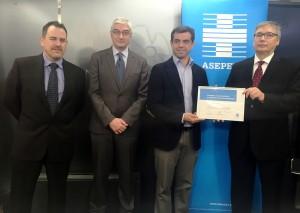 Foto.Entrega incentivo ASEPEYO al Ayuntamiento de Albacete.27-1-16