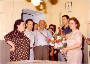Donante mil. De derecha a izquierda, Mari Carmen de Huéscar, presidenta y alma de la Hermandad; Joaquín Ortiz (Quino); un empleado del Ayuntamiento de La Gineta, Miguel Muñoz y la donante número 1.000, que era de La Gineta.