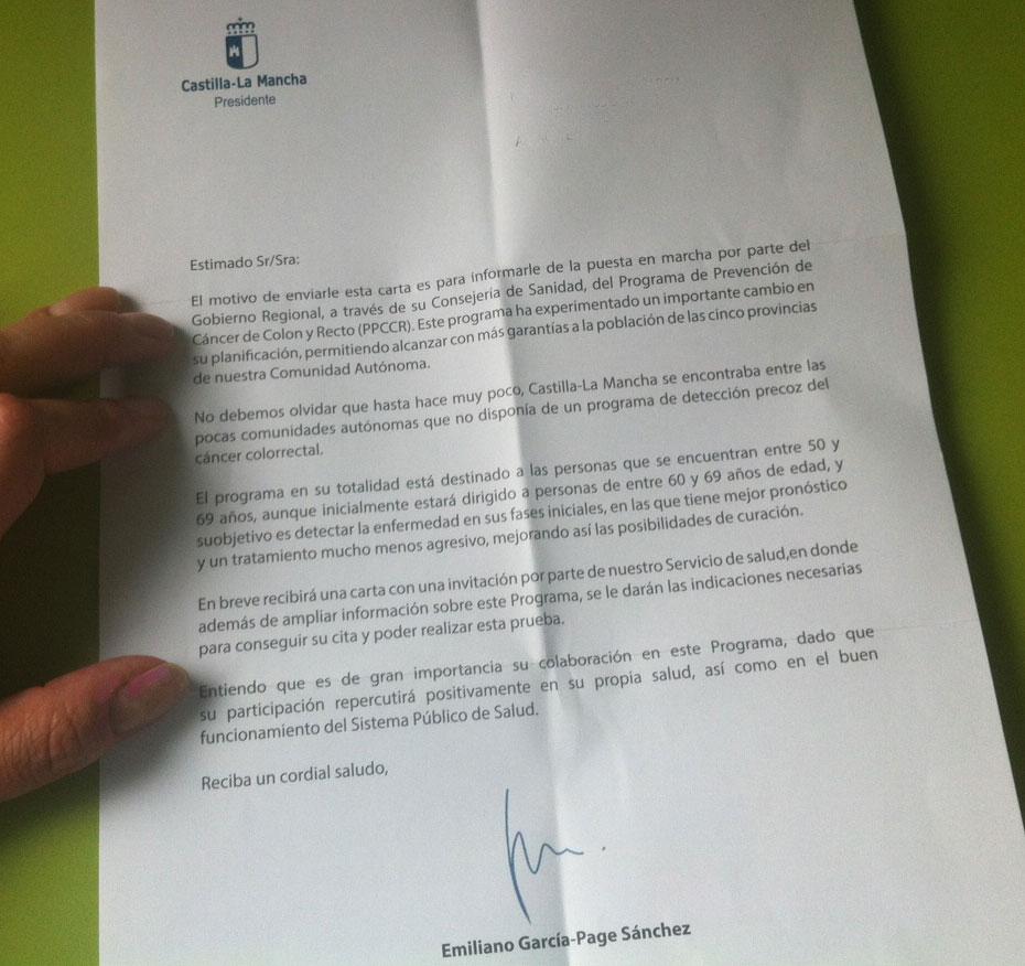 Imagen de la carta que están recibiendo los pacientes de entre 50 y 69 años.