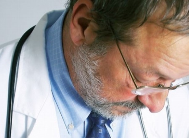 médicos trastorno mental